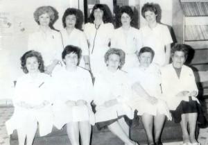В първа детска клиника преди преместването. основният лекарски и сестрински екип 1988-89